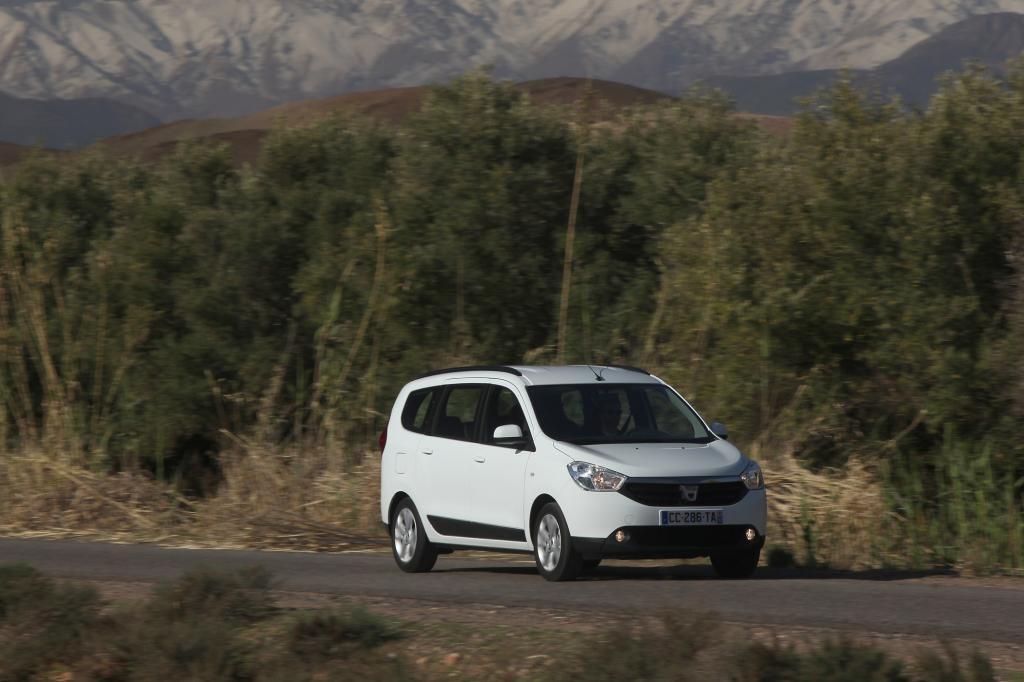 Der erste Kompakt-Van der rumänischen Renault-Tochter Dacia bietet mehr als billiges Verzicht-Niveau