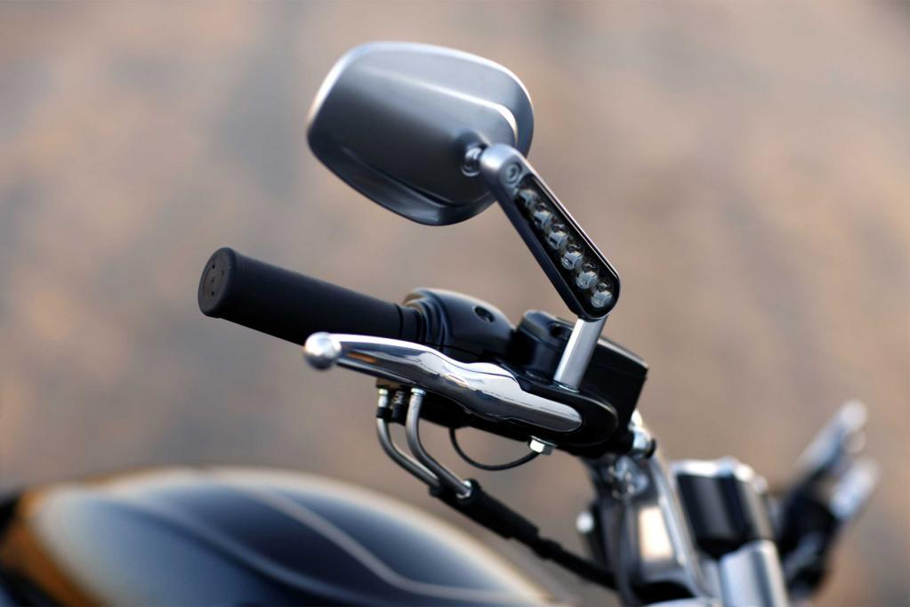 Fahrbericht Harley-Davidson VRSCF V-Rod Muscle: Keine Kompromisse