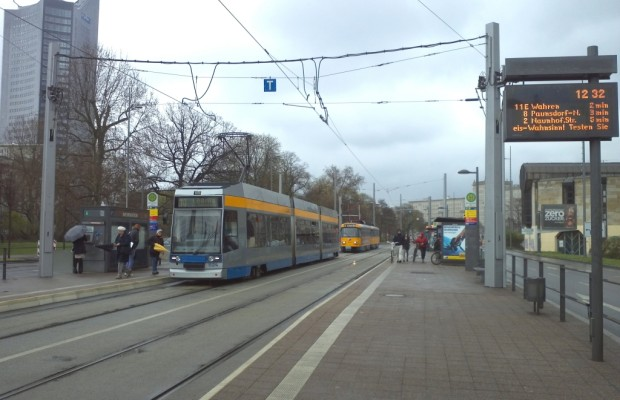 Kfz-Zulassung als Fahrschein – Aktion der Leipziger Verkehrsbetriebe gegen hohe Spritpreise