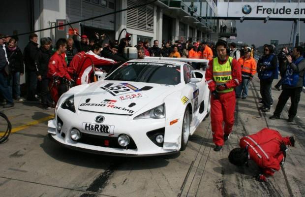 Klassensieg für den Lexus LFA