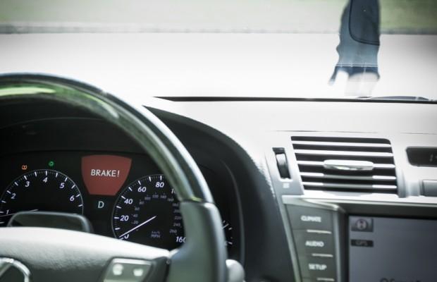 Lexus LS - Der bremst auch für Fußgänger
