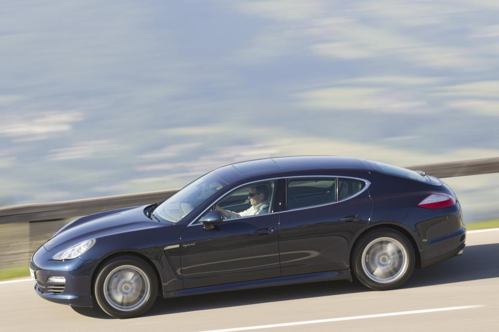 Porsche hat Hybridversionen von Cayenne und Panamera im Programm