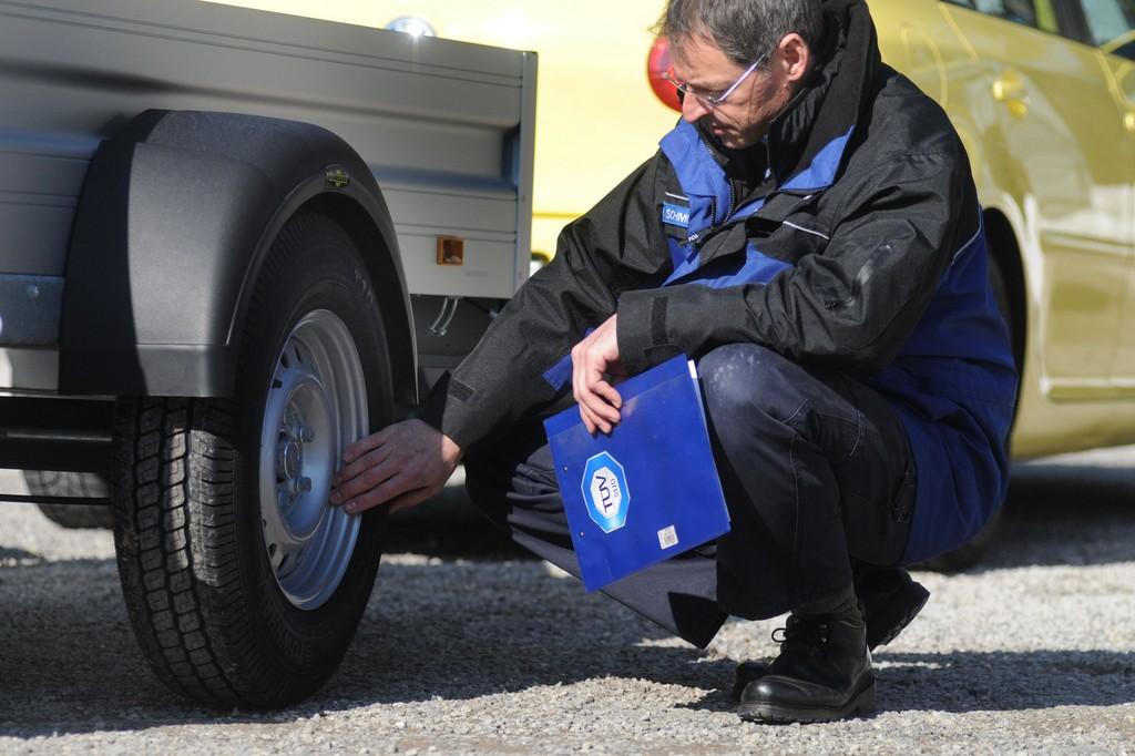 Ratgeber: Tipps für die Fahrt mit dem Anhänger
