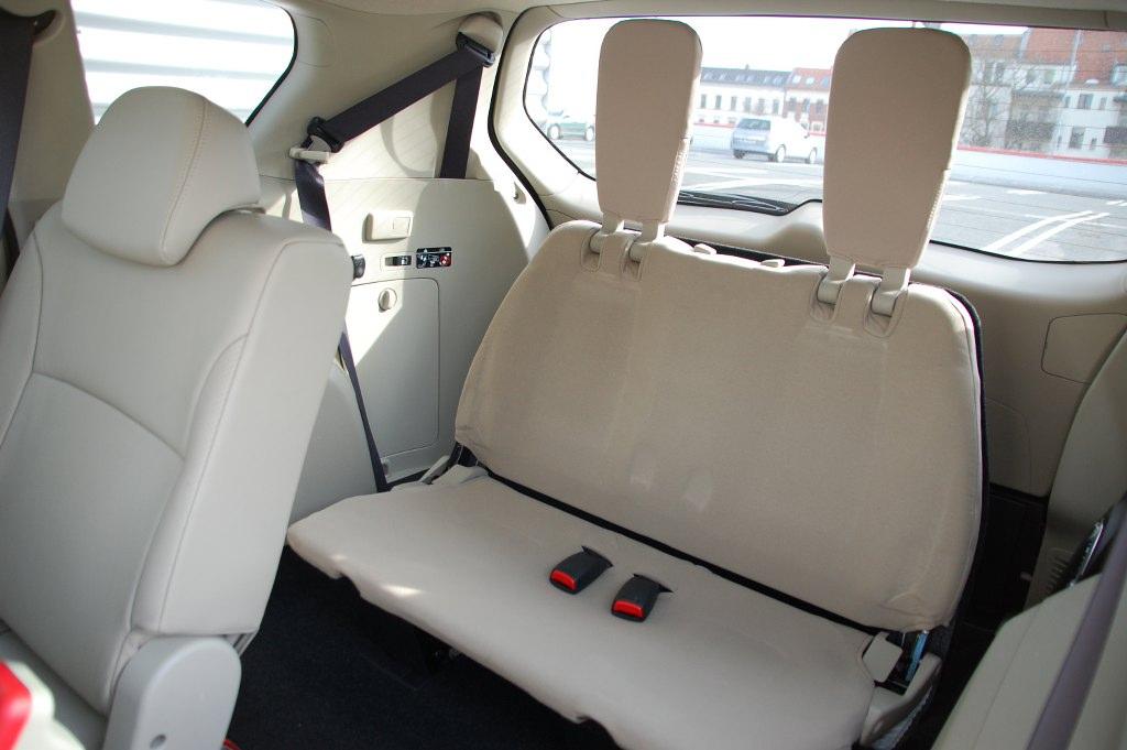 Test Mitsubishi Outlander 2.2 DI-D 4WD Instyle: Spartanischer Kraxler solide verarbeitet
