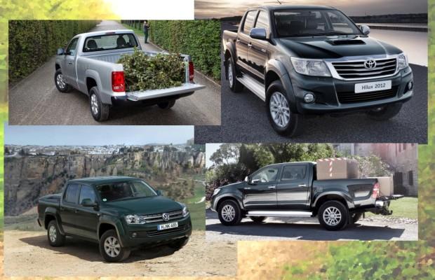 Toyota Hilux/VW Amorak: Duell der Lastesel