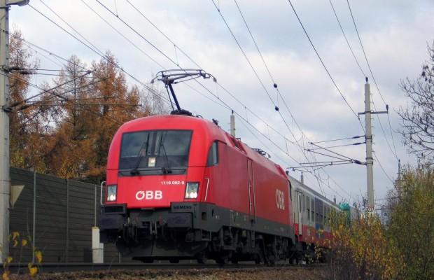 Urlaubsreiseverkehr: Brennerbahn belastet Brennerautobahn