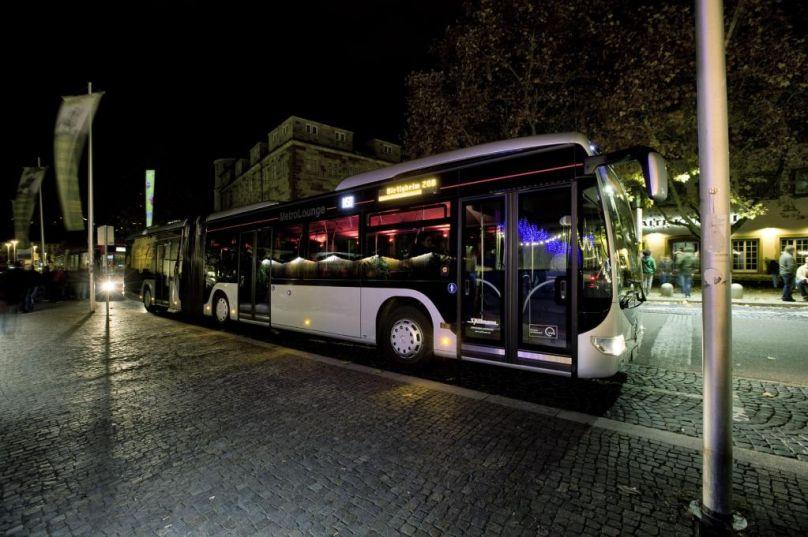 Verkehrslärm halbieren mit Erdgasbussen und -Lkw