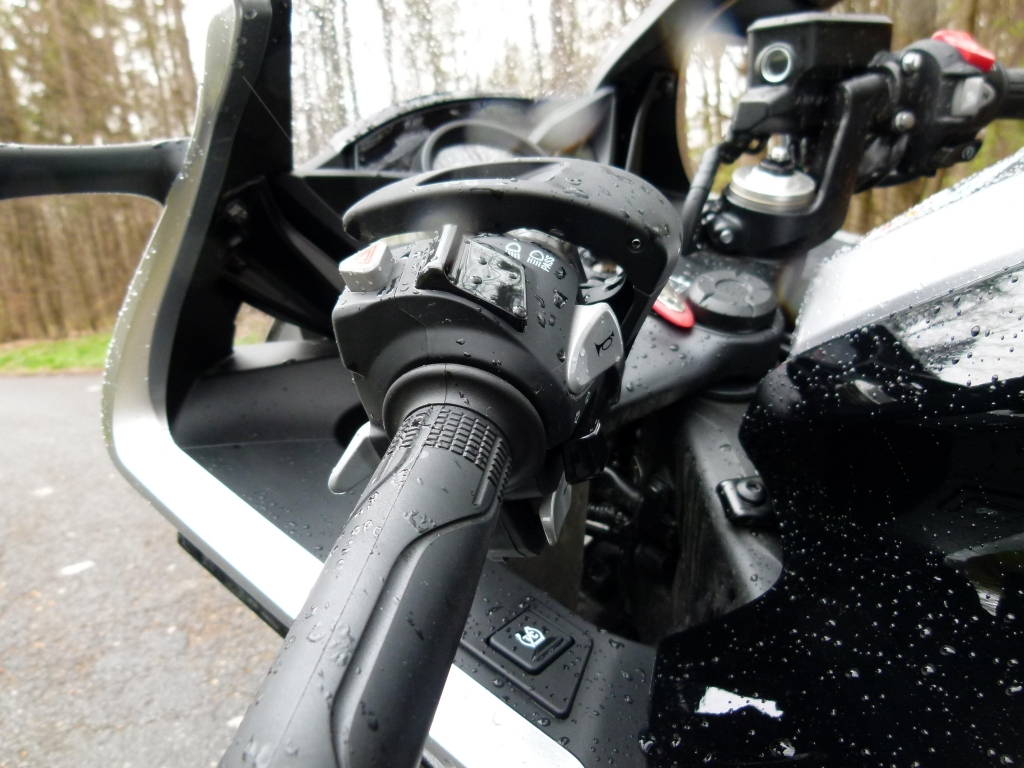 Vortrieb ohne Ende: Honda stattet Motorräder mit DCT-Doppelkupplungsgetriebe aus