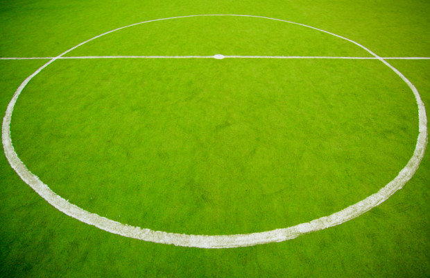 ADAC gibt Tipps zur Fußball-Europameisterschaft 2012