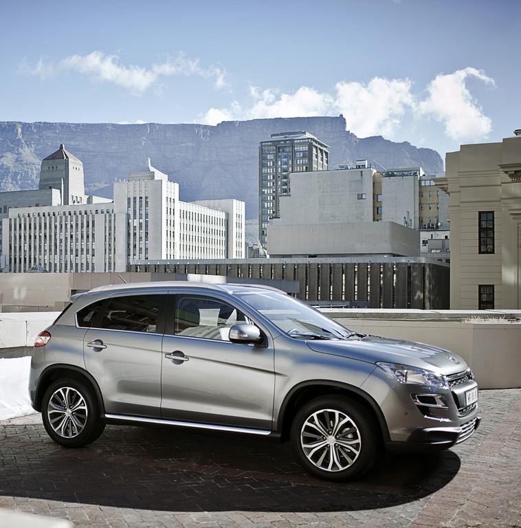 AMI 2012: Peugeot präsentiert 4008 und 508 Hybrid4