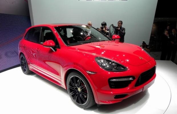 AMI 2012: Porsche Cayenne GTS gibt Europadebüt