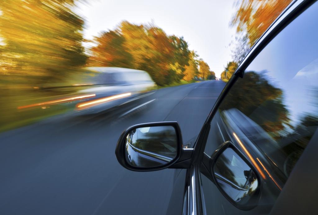 Abgelenkt: Autofahren ist zu einfach
