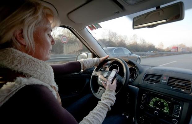 Ablenkung im Verkehr - Unaufmerksam auf Dienstfahrt