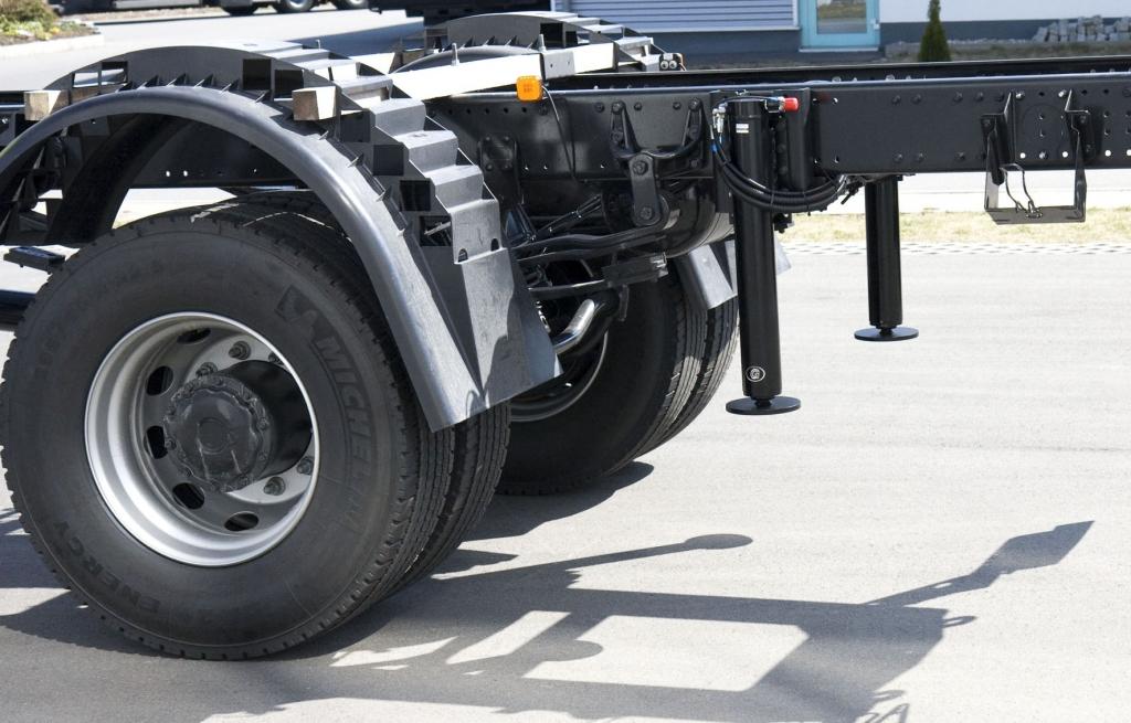 Ausstatter Goldschmitt liefert Hubstützen für Feuerwehrfahrzeuge nach Saudi-Arabien