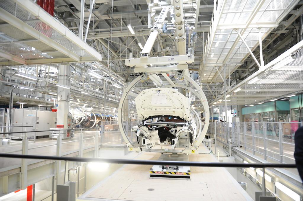 BMW eröffnet Werk in China