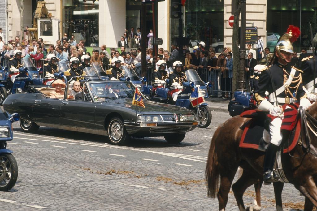 Citroen SM mit Königin Elisabeth II in Frankreich 1992
