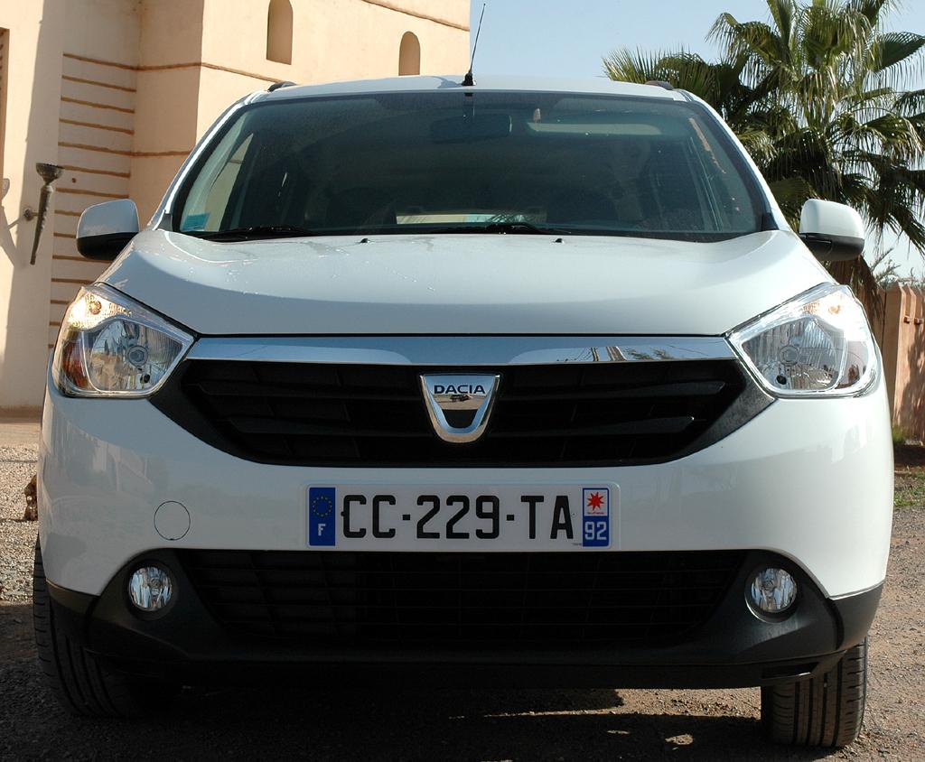 Dacia Lodgy: Blick auf die Frontpartie des Kompaktvans.