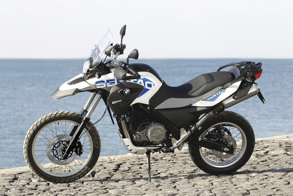 Enduro-Fahrbericht BMW G 650 GS Sertao: Weißblaues Fernwehmobil