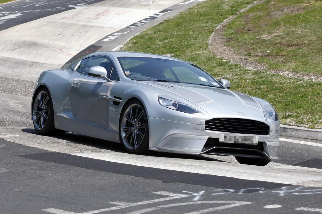 Erwischt: Erlkönig Aston Martin DB9-Nachfolger