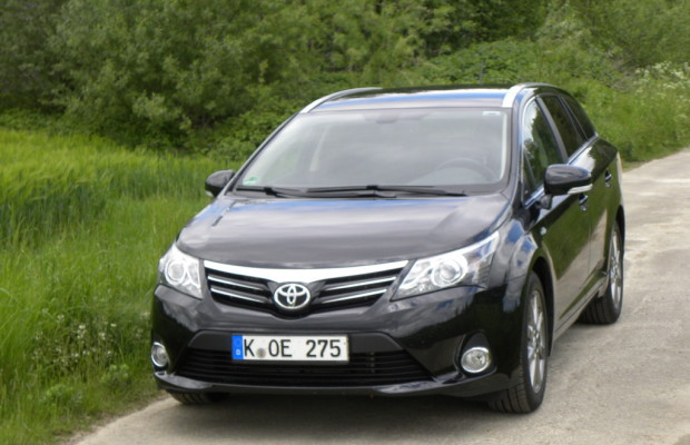 Fahrbericht Toyota Avensis Combi 2.2D-CAT: Verlässlicher Partner