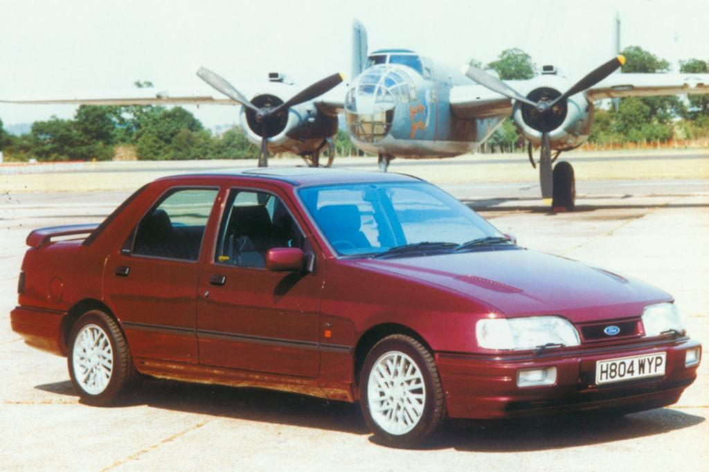 Ford Sierra Sapphire RS Cosworth 4x4 Jahr 1990