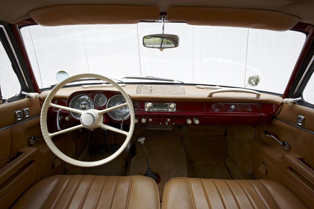 Große BMW Coupés: Schön und reich