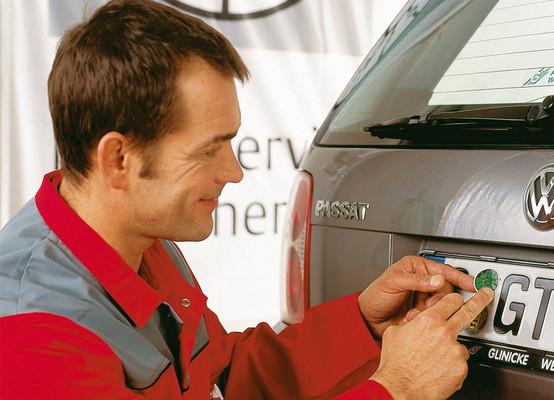 Hauptuntersuchung: 18 Prozent der Autos mit erheblichen Mängeln