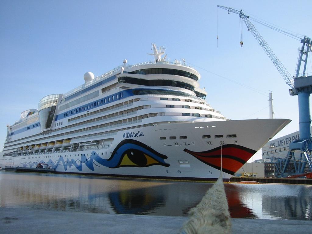 Hymer stattet Aida-Clubschiff mit Kojenbetten aus