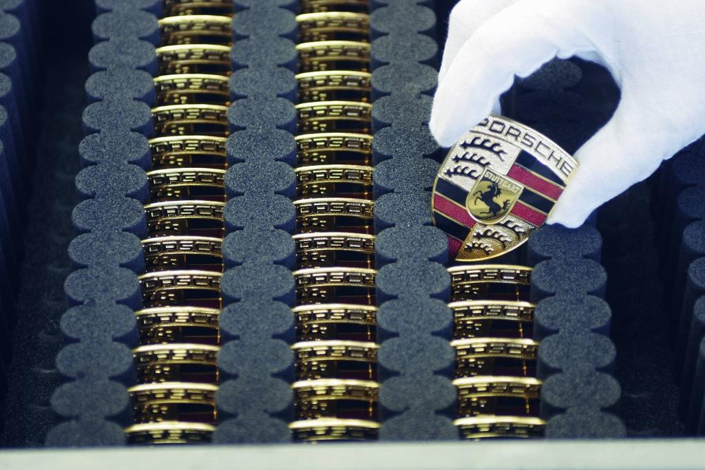 Lattwein übernimmt Porsche-Treasury