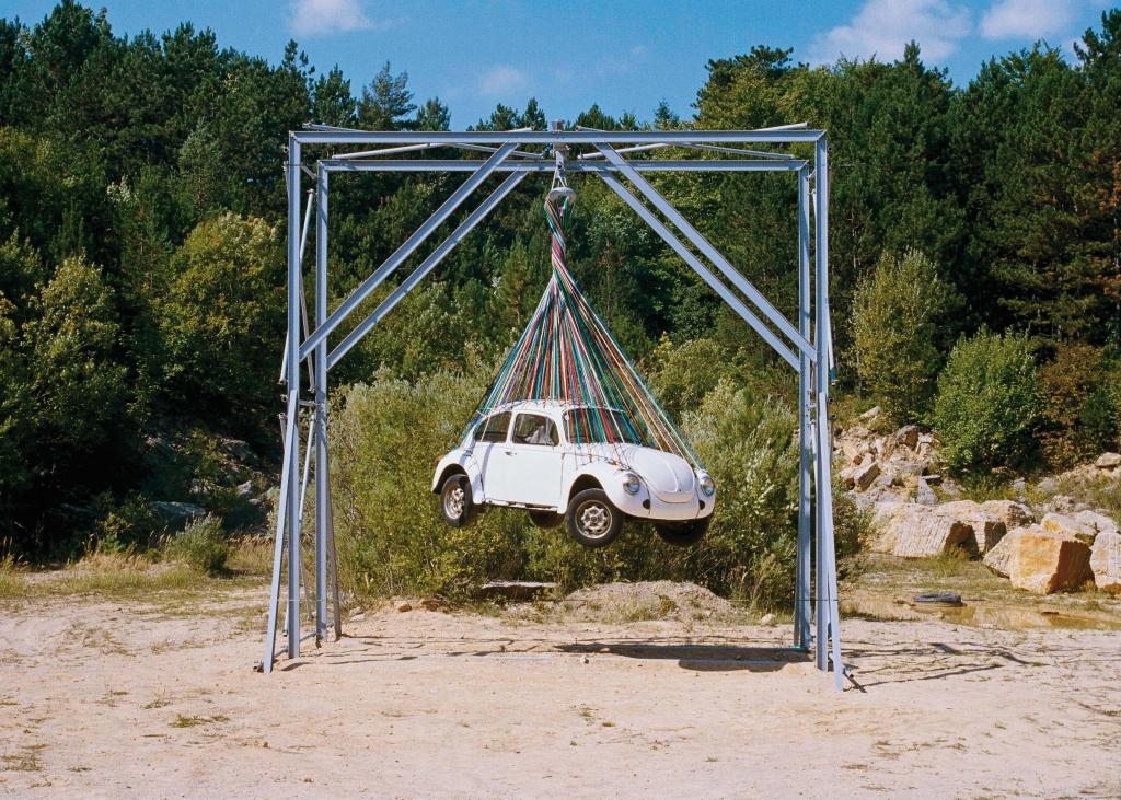 Leo Schatzl / Severin Hofmann / David Moises Gimme Gummi (Autorotation), 2003 Foto: P. M. Schultes © VBK, Wien 2012