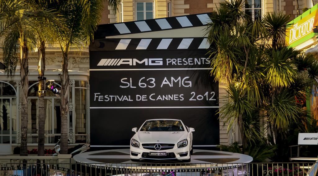 Mercedes-Benz stellt goldene Flotte für Cannes