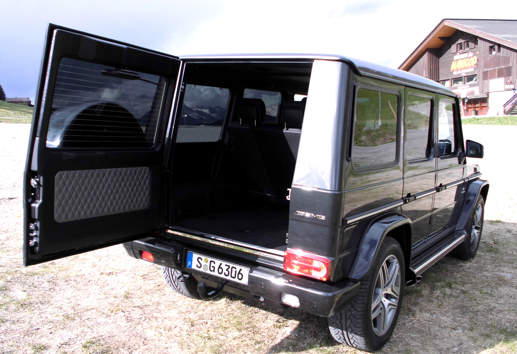 Mercedes G-Klasse: Ins Gepäckabteil passen 480 bis 2250 Liter hinein.