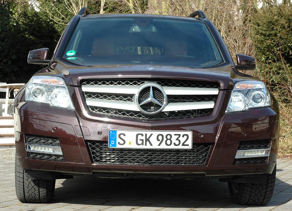 Mercedes GLK: Blick auf die Frontpartie der ersten Auflage.
