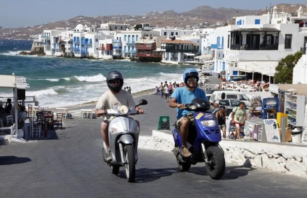 Miet-Roller im Urlaub - Schrottreif auf Strand-Tour