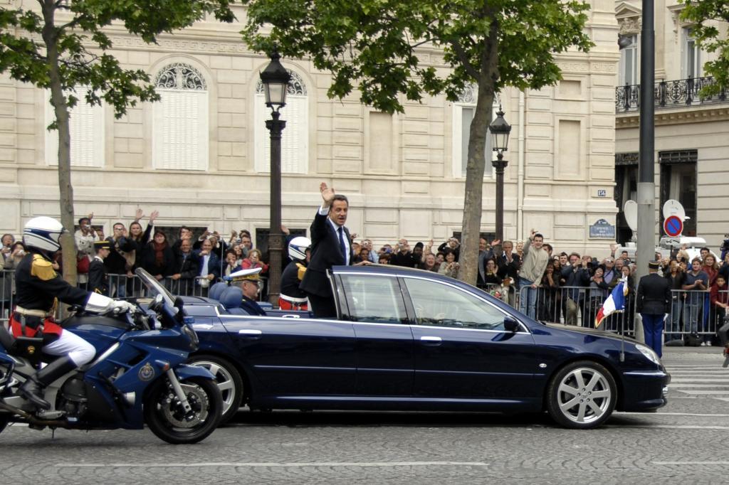 Peugeot 607 Paladine mit Nicolas Sarkozy 2007