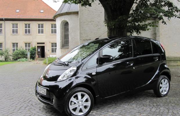 Peugeot stellt bundesweit alternative Antriebe vor