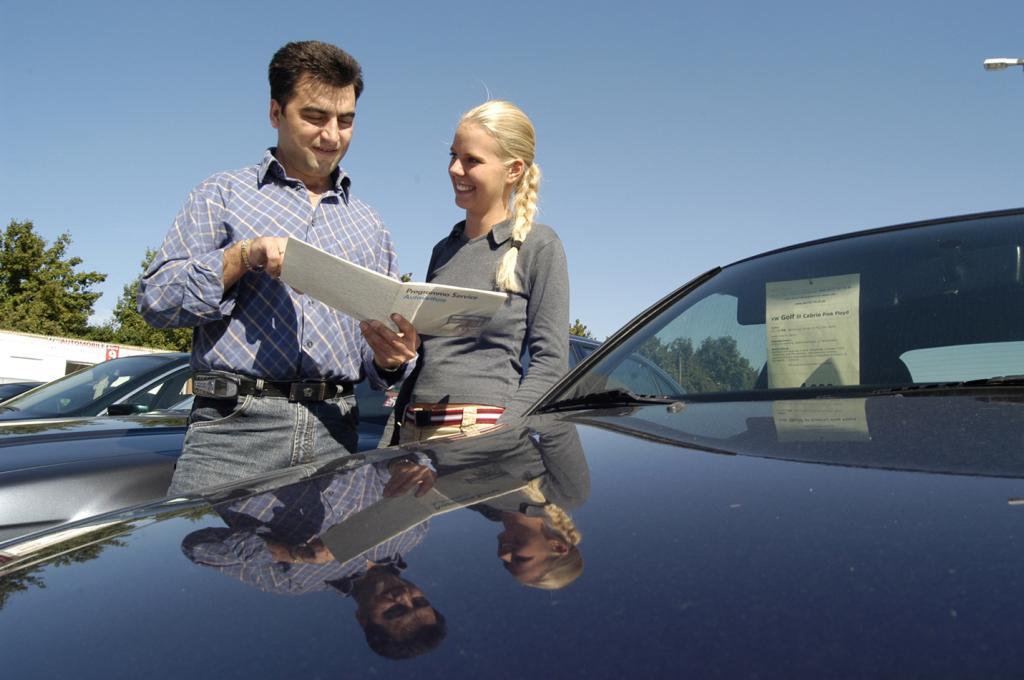 Probefahrt - Gut versichert beim Autotest