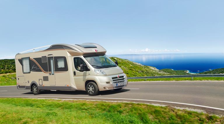 Ratgeber Campingurlaub: Darauf ist bei Anmietung von Reisemobil und Caravan zu achten