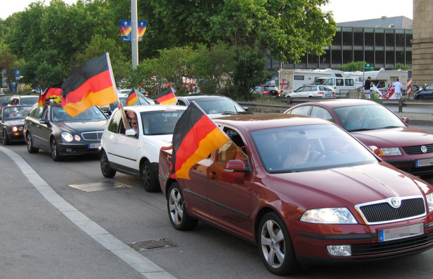 Ratgeber: Mit dem Auto zur Fußball-EM 2012