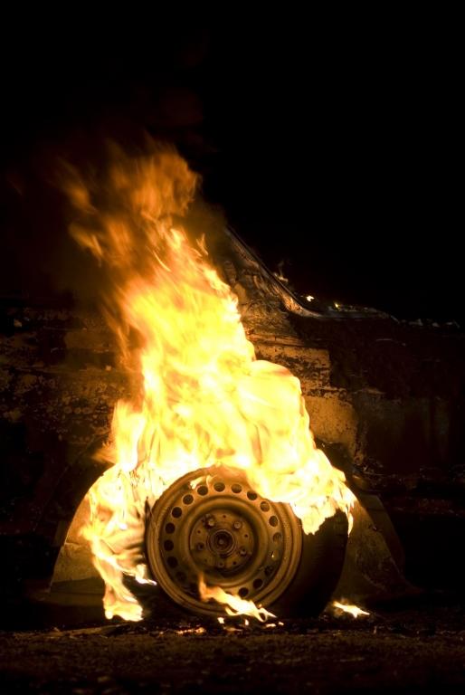 SUPERFLEX Burning Car, 2008 Videostill
