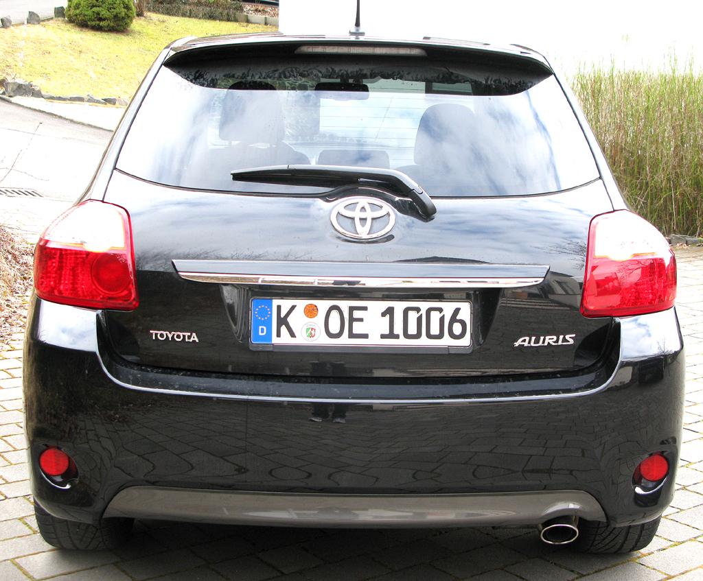 Toyota Auris: Blick auf die Heckpartie.