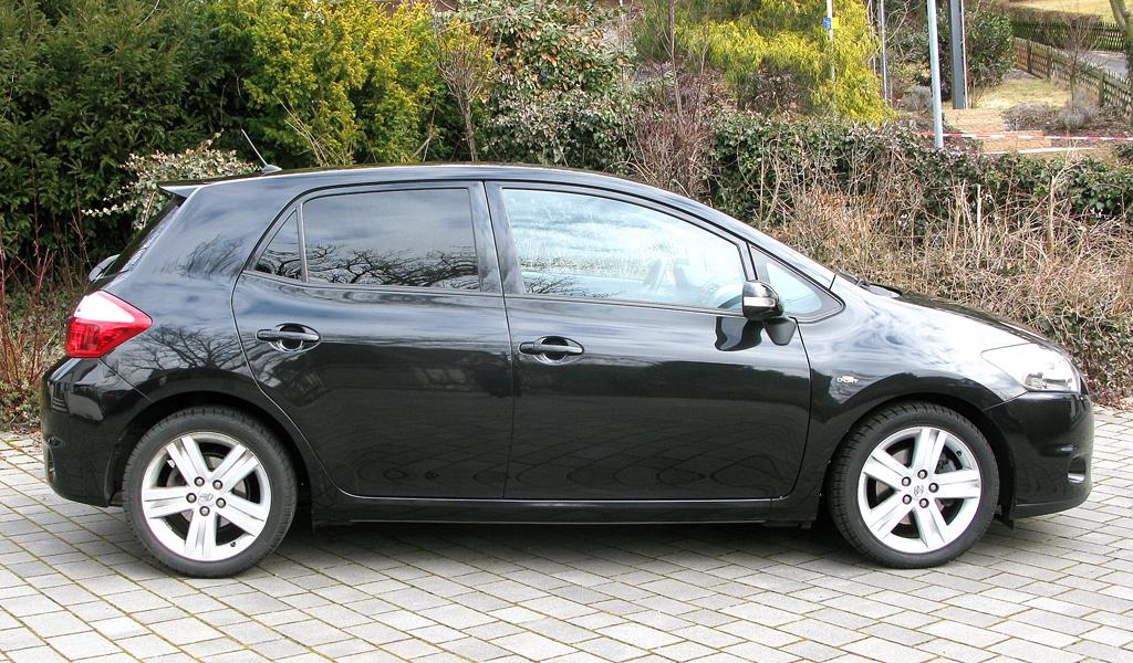Toyota Auris: Und so sieht das Kompaktmodell von der Seite aus.