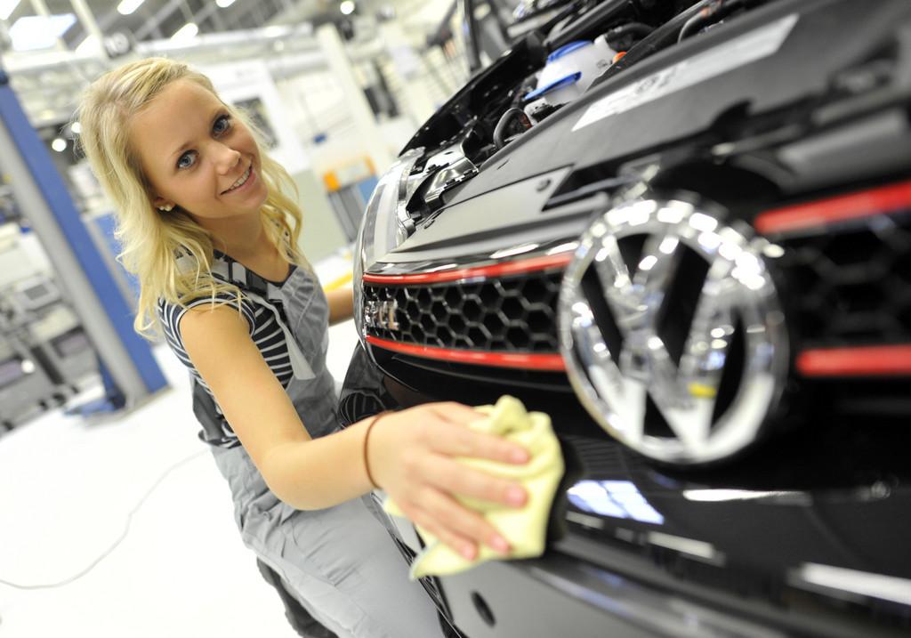 VW-Auszubildende zeigen am Wörthersee ihren Traum-GTI