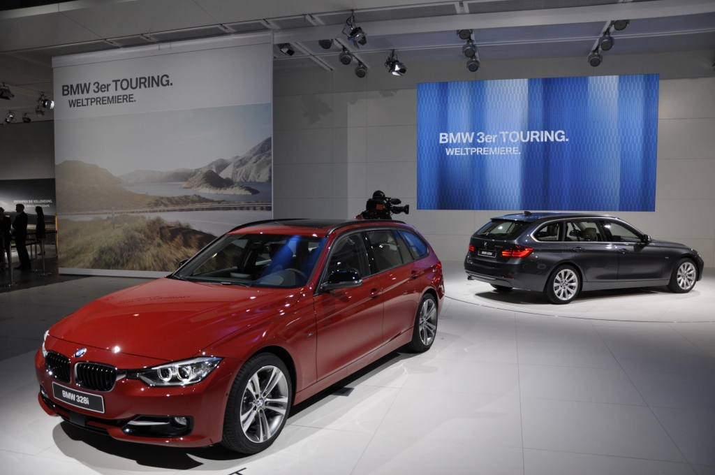 AMI 2012: BMW 3er Touring, BMW 1er Dreitürer, BMW X1, BMW M6 Cabrio