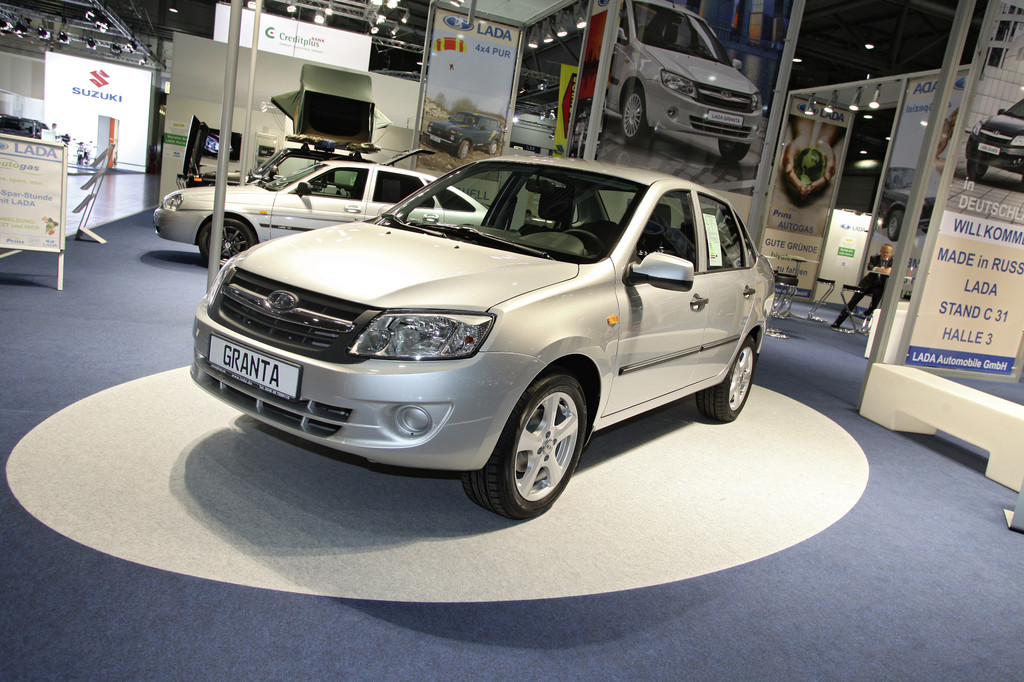 AMI 2012: Der Lada Granta kostet in Russland unter 6000 Euro