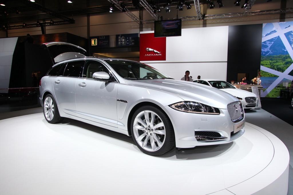 AMI 2012: Jaguars Kombi kostet 2650 Euro Aufpreis