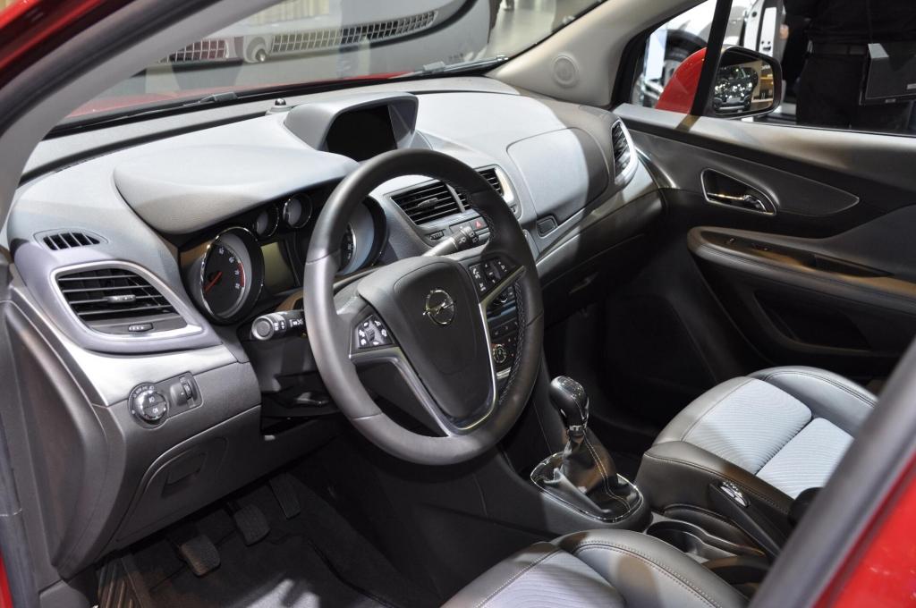 AMI 2012: Opel Mokka, Astra OPC und Insignia Biturbo