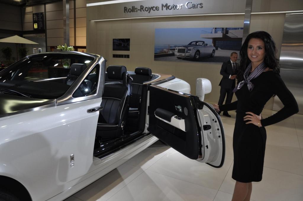 AMI 2012: Rolls-Royce Six Senses, Jaguar XF Sportbrake, Porsche Cayenne GTS, Mercedes G63 AMG