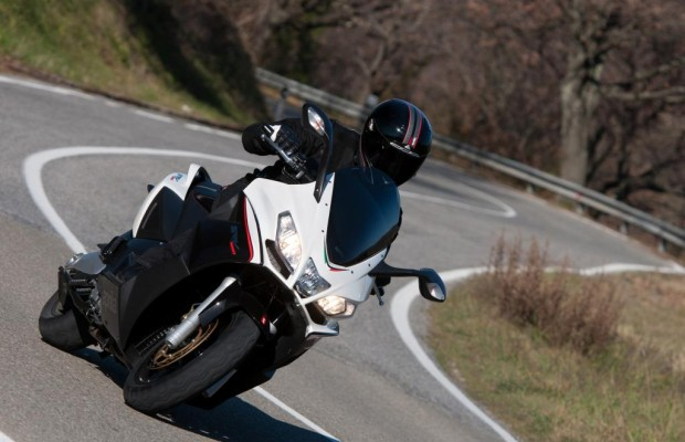 Aprilia SRV 850 - So schnell rollert sonst keiner