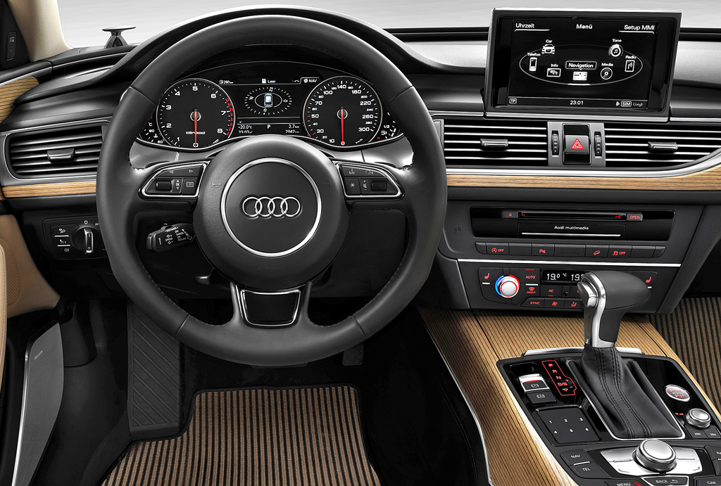 Audi A6 Allroad Quattro: Blick ins sportlich-funktionelle Cockpit.